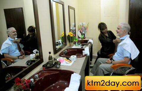 Hollywood Hair Salon sprouting chains in Kathmandu