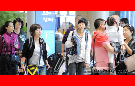 All eyes on Chinese tourists