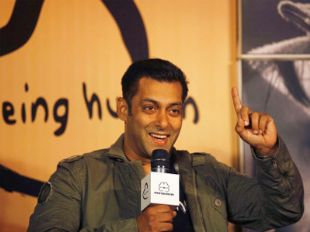 Salman to open restaurants and hospitals