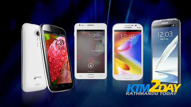 Smartphones with large screen in high demand