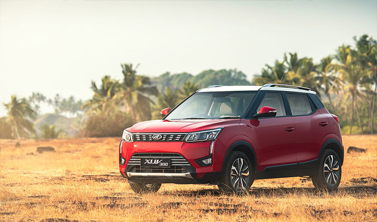 Mahindra-XUV300-red
